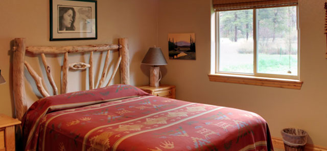 Storm Mountain Cottage Master Guest Room