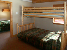 Storm Mountain Cottage Bunkbeds